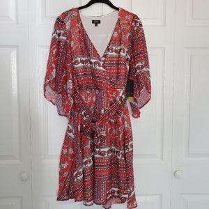 NEW Maree Pour Toi Tile Print Faux Wrap Dress